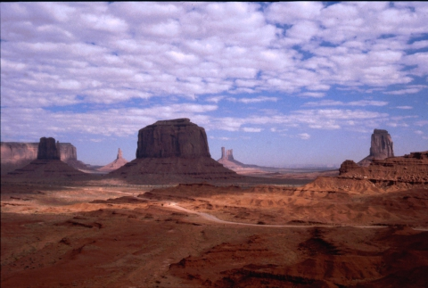 99 MOnument Valley