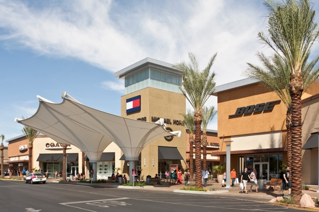 las-vegas-premium-outlets-south-04